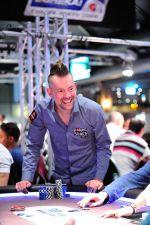 2016-29-9_eureka_poker_tour_hamburg_main_event_day_1b_george_danzer__tomas_stacha_10sta_3925