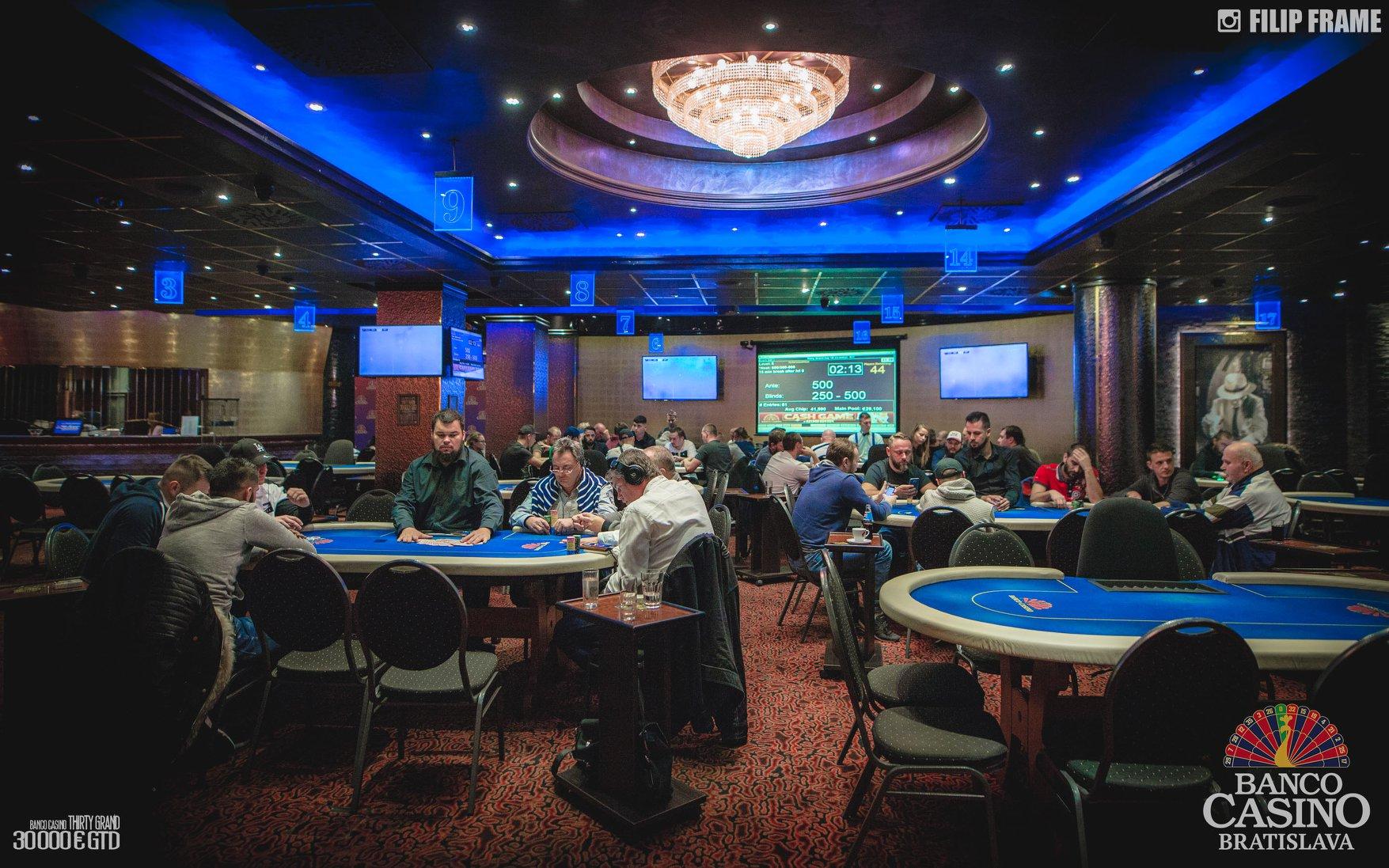 Имейлы дилеров казино казахстана