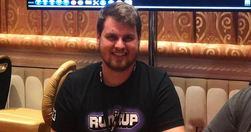 Nikkymouse Poker